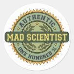 Científico enojado auténtico etiqueta redonda