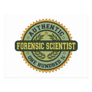 Científico forense auténtico postal