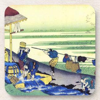 Cientos poemas explicados por la enfermera Hokusai Posavasos