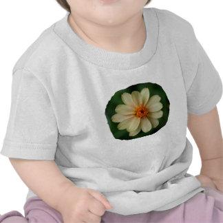 Cierre amarillo del fondo del verde de la flor de camiseta