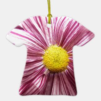 cierre coloreado de la flor para arriba adorno de cerámica en forma de playera