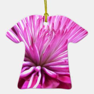 Cierre coloreado del diseño floral para arriba adorno de cerámica en forma de playera