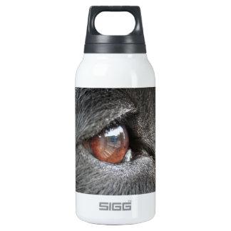 Cierre del ojo del perro para arriba