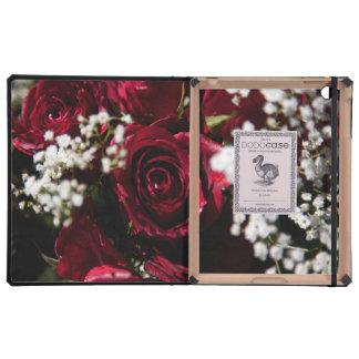 Cierre del ramo de los rosas rojos para arriba iPad cobertura