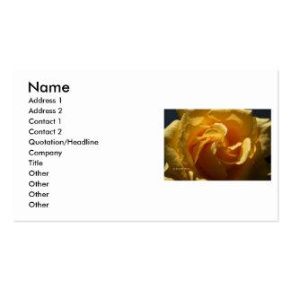Cierre del rosa amarillo para arriba tarjetas de visita