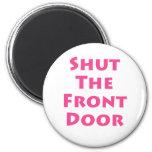 Cierre la puerta principal imán de frigorífico
