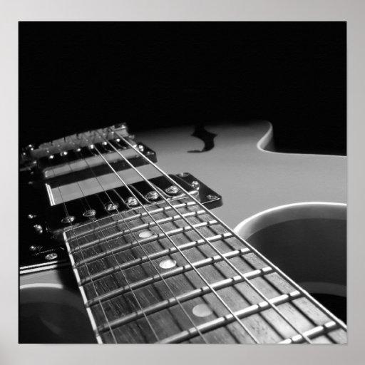 Cierre para arriba - B&W gris de la guitarra eléct Poster