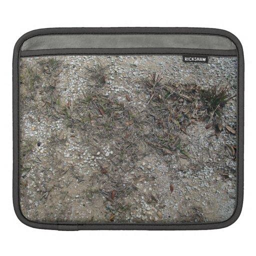 Cierre seco y pedregoso de la hierba de la tierra  fundas para iPads