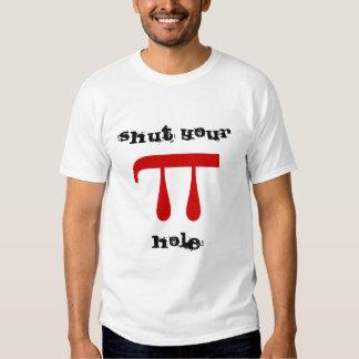 Cierre sus comandantes de matemáticas del agujero camisas