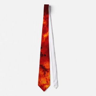 Ciérrese encima de la vista de la nebulosa roja corbata personalizada