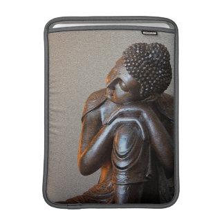 Ciérrese para arriba de Buda de plata pacífico Fundas MacBook