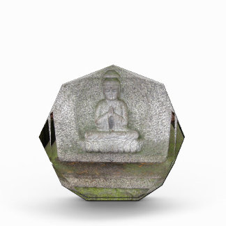 Ciérrese para arriba de Buda en una escultura del