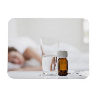 Ciérrese para arriba de la botella de píldora con imán flexible