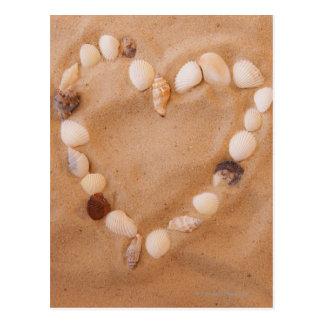 Ciérrese para arriba de la forma del corazón hecha tarjetas postales