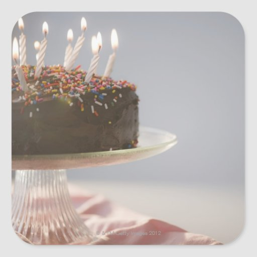 Ciérrese para arriba de la torta de cumpleaños del calcomanía cuadradas personalizada