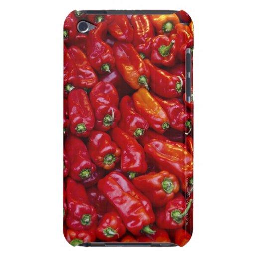 Ciérrese para arriba de pimientas rojas iPod touch Case-Mate fundas