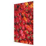 Ciérrese para arriba de pimientas rojas impresión en lienzo