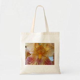 Ciérrese para arriba de un iris de Beared Bolsas