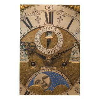 Ciérrese para arriba de un reloj viejo, Alemania Impresiones En Madera