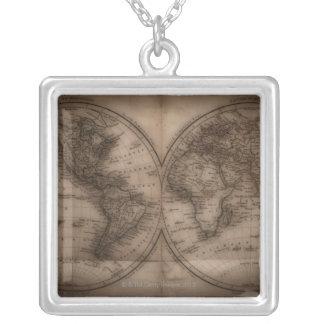 Ciérrese para arriba del mapa del mundo antiguo 5 pendientes