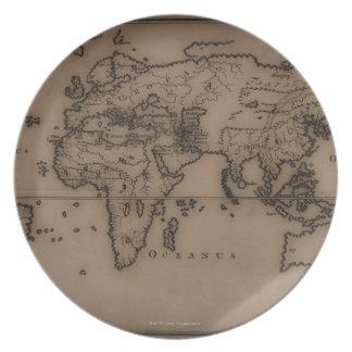 Ciérrese para arriba del mapa del mundo antiguo 7 platos