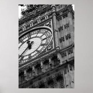Ciérrese para arriba en Big Ben en blanco y negro Póster
