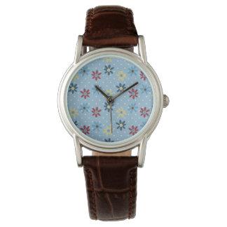 Cierto agradable impresionante constante reloj