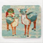 Ciervos azules y ambarinos y búho color de rosa Mo Alfombrilla De Ratones