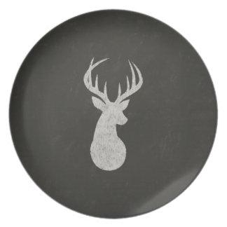Ciervos con el dibujo de tiza de las astas platos