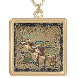 Ciervos de AXIS del vintage y collar del mapache