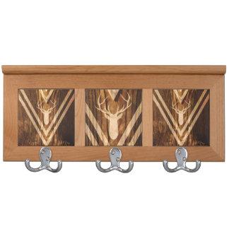 Ciervos de Boho en la madera rústica