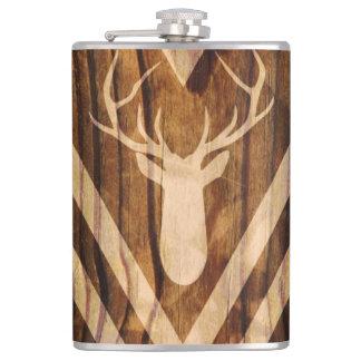 Ciervos de Boho en la madera rústica Petaca