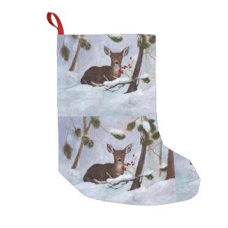 Ciervos de la baya del acebo calcetín de navidad pequeño