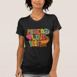 Ciervos del amor de la paz camisetas