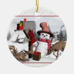 Ciervos del muñeco de nieve del buzón y ornamento adorno navideño redondo de cerámica