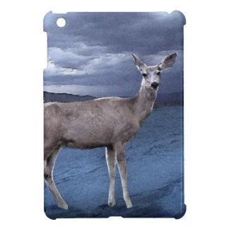 Ciervos del navidad con las montañas iPad mini funda