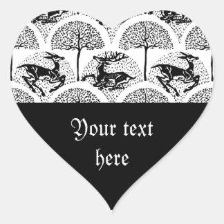 Ciervos entre los árboles, pegatina en forma de corazón