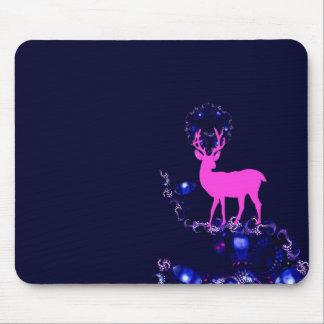 ciervos rosados del mito en mousepad de la noche