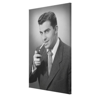 Cigarrillo de la iluminación del hombre impresión en tela