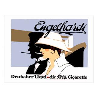 Cigarrillos del estilo del vintage y línea de tarjetas postales