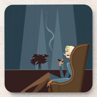 Cigarro que fuma de la empresaria posavaso