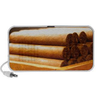Cigarros rodados mano del Dr. de Romana del La iPod Altavoz
