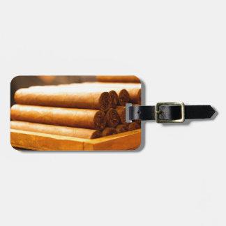 Cigarros rodados mano del Dr. de Romana del La Etiquetas De Equipaje