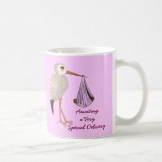 Cigüeña clásica (rosa) 2 (fiesta de bienvenida al taza de café