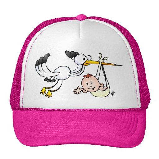 Cigüeña con el bebé gorra