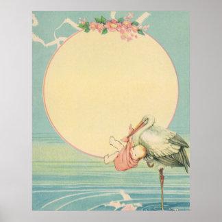 Cigüeña del vintage con la niña en manta rosada póster