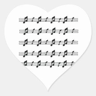 Cinco bastones de la música con el bw de las notas colcomanias corazon personalizadas