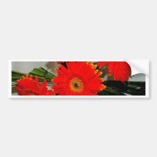 Cinco flores rojas pegatina para auto