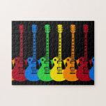 Cinco guitarras eléctricas coloridas rompecabeza con fotos