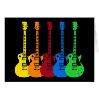 Cinco guitarras eléctricas coloridas tarjeta de felicitación